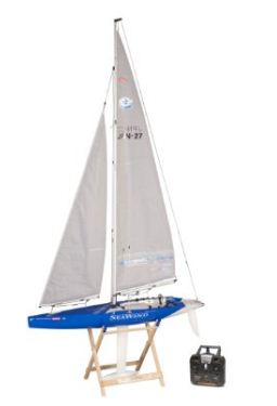 Best Rc Sailboats For 2019 Buyers Guide Laser Sailing Tips